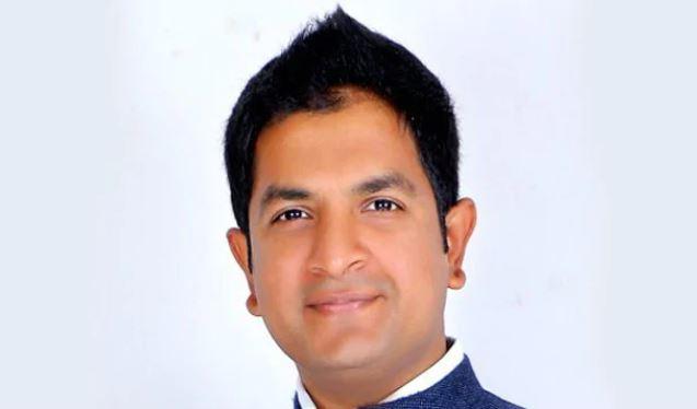 BJP expels rebel candidate Sharath Bachegowda